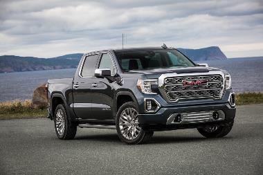 2020-GMC-Sierra-Denali-front_right