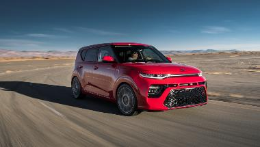 2020_Kia_Soul_GT_Front_Right_1